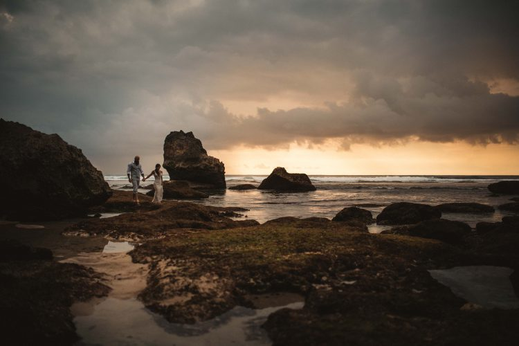 Bali Wedding Photographer // Uluwatu, Bali // Larissa and Taylor